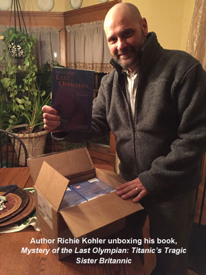 Richie Kohler unboxing Mystery of the Last Olympian w